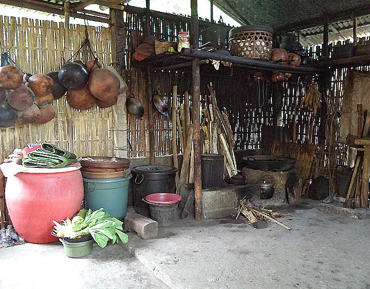 Tigawasa - Old village of Bali