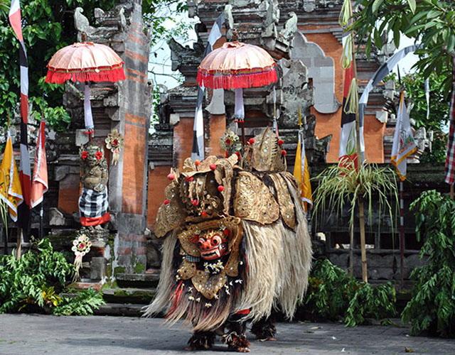 Barong Dance, Kintamani, Tampak Siring Temple